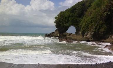karangbolong beach