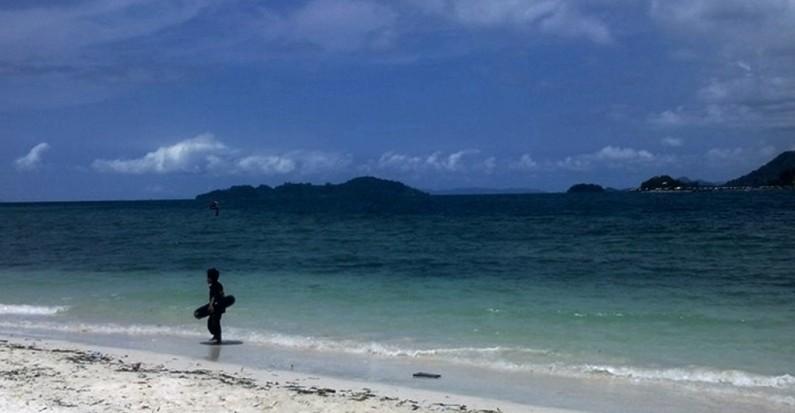 mutun beach