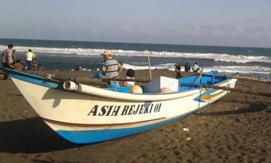 depok beach fish market