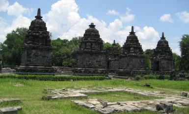 lumbung temple